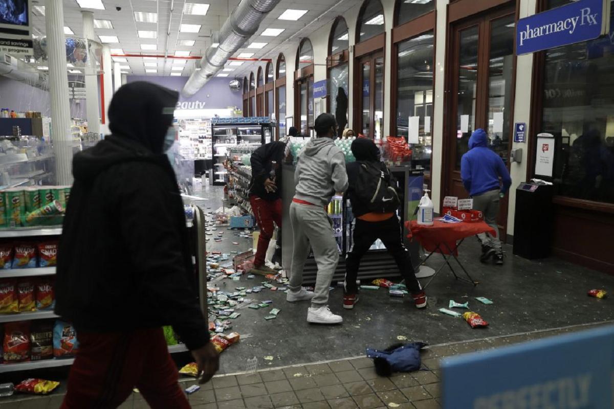 In Defense of Looting – Ein Interview mit Vicky Osterweil