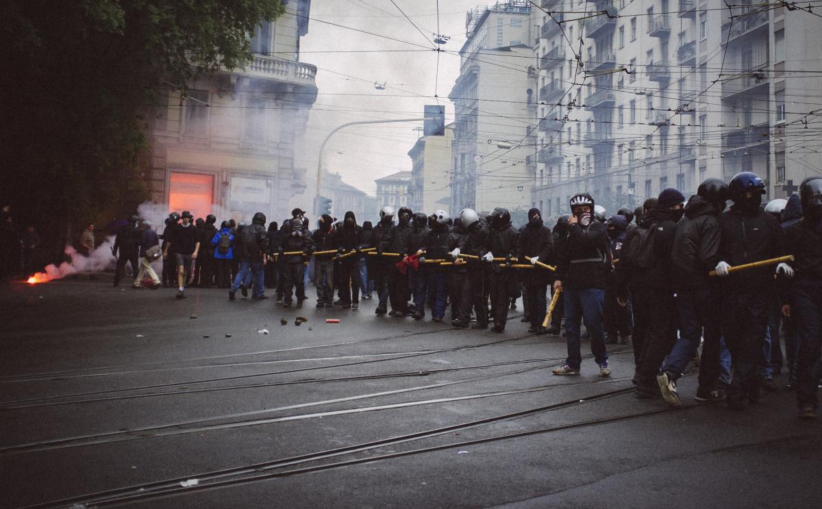 """No Expo: """"Der schwarze Block hat uns das Fest verdorben"""" – Der 1. Mai 2015 in Mailand"""