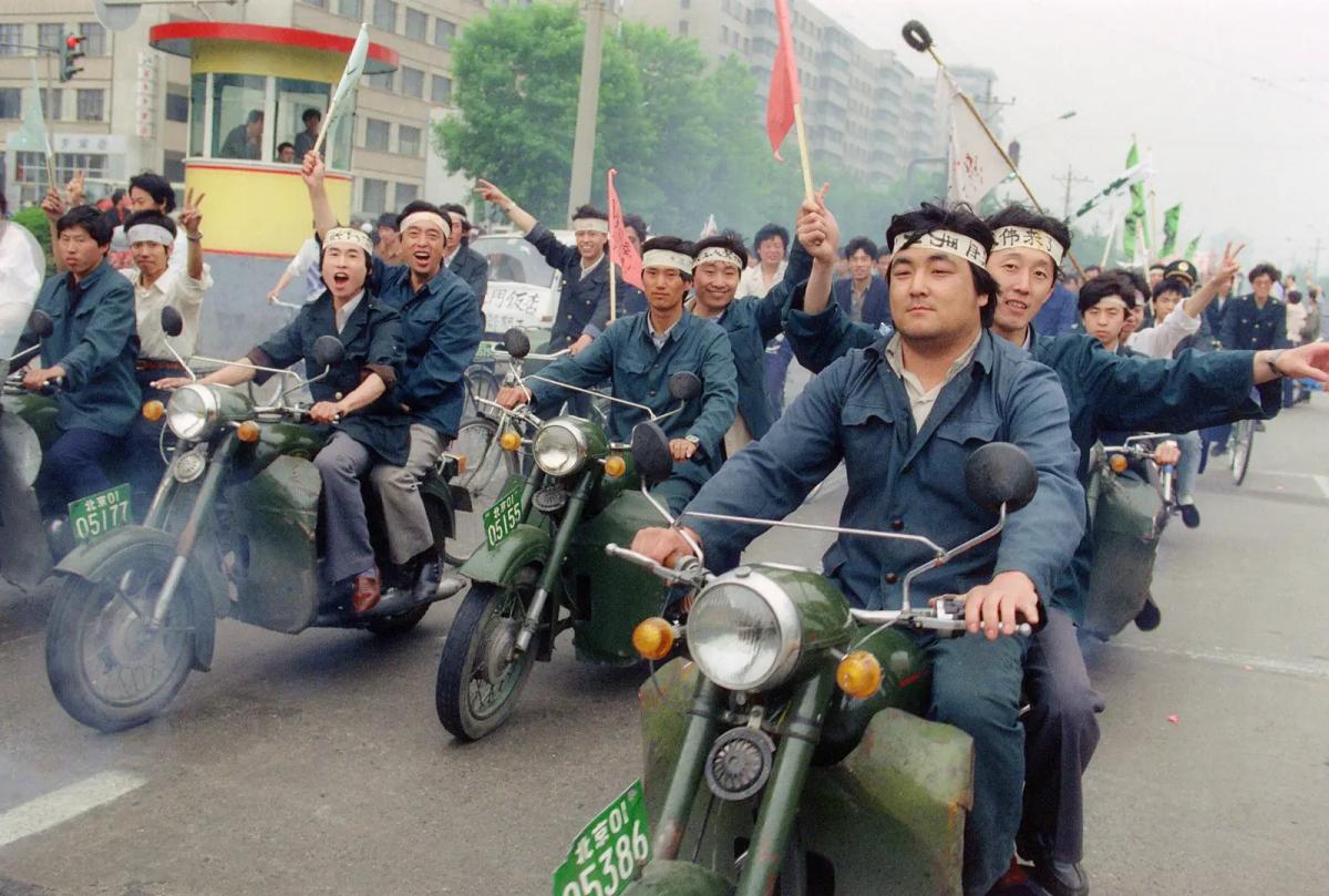 Als die Kommunisten die internationale Arbeiterbewegung zerschlugen – Der Kampf der Arbeiter auf dem Platz des Himmlischen Friedens war der Transformationspunkt von einer Welt in die nächste