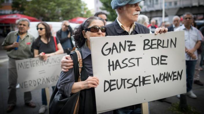 """Warum haben Linksradikale Angst linksradikal zu sein? Anmerkungen zu """"Deutsche Wohnen & Co. Enteignen"""""""
